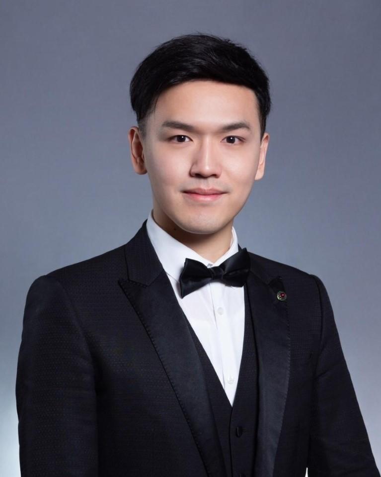 Dr. Edi Wong
